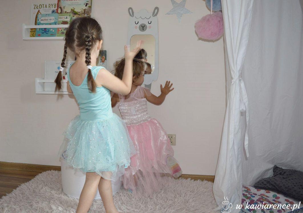 mały pokój dla dziewczynki jak urządzić
