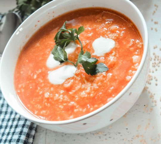 dietetyczna zupa z kaszą jaglaną obiad w 15 minut