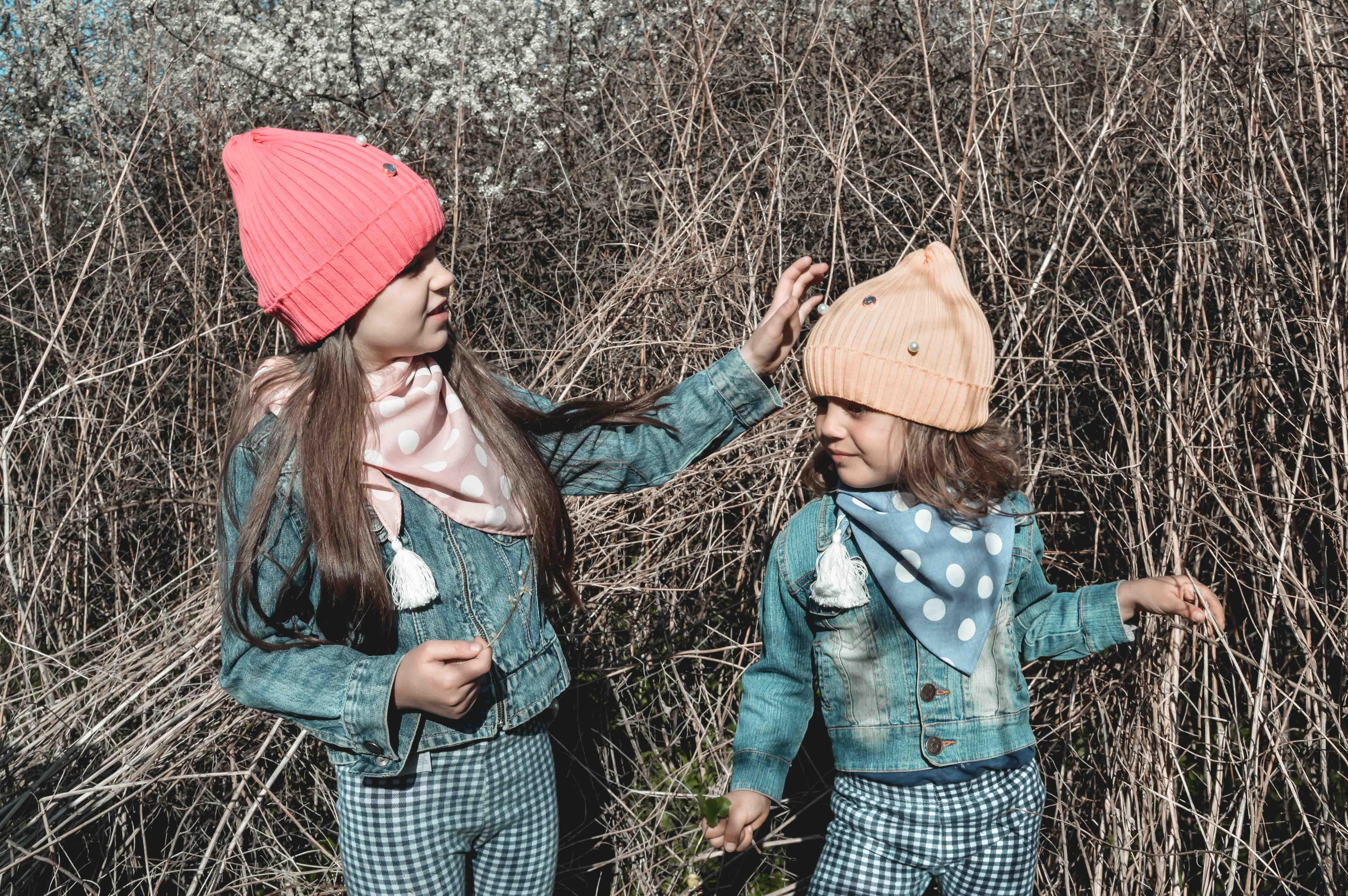 czapki dla dzieci wiosenne dla dziewczynki różowe czerwone żółte pomarańczowe 3 5 7 lat