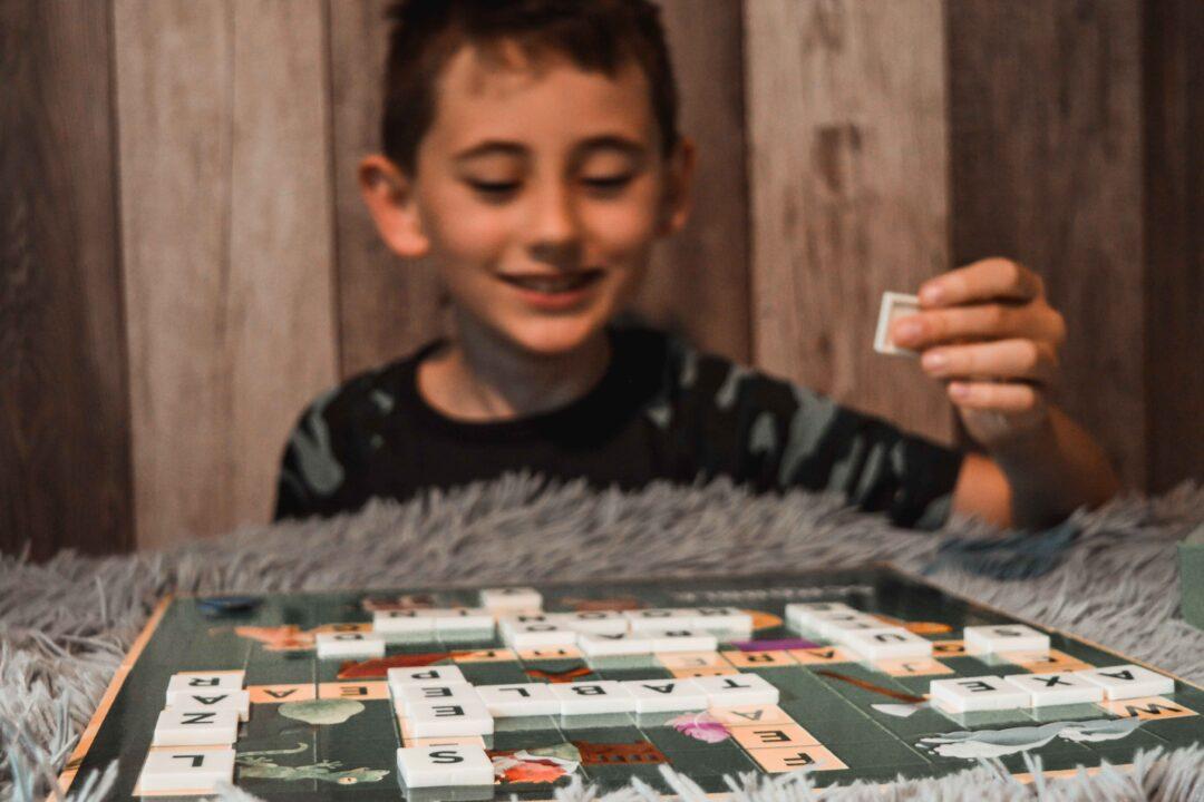 scrable dla dzieci - nauka słówek w języku angielskim